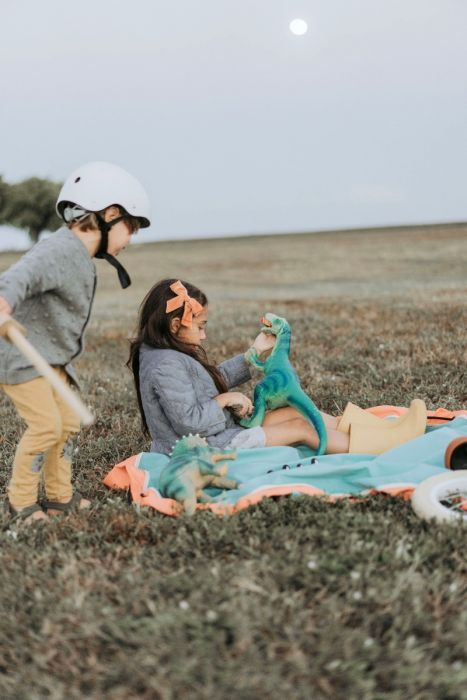 outdoor play girl and boy 1