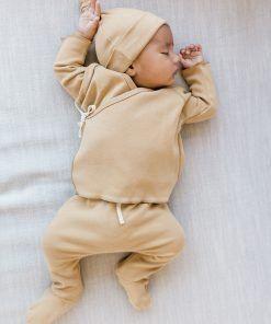 Primera puesta / recién nacido