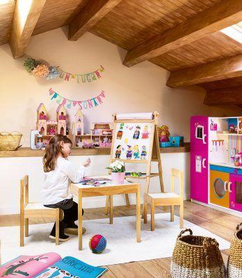zona de juegos infantil con nina 1112x1280